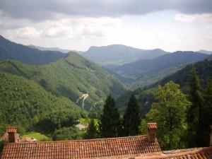 discesa a Gerosa, montagne Bergamasche, valle Brembilla