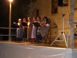 Le donne alla fontana Cascina Valoti Nembro, 11 agosto 2012
