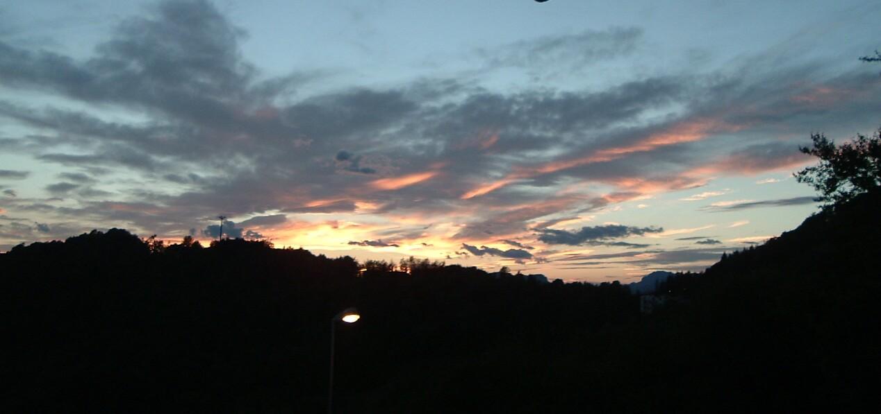 Tramonto rosa sull'Altopiano Selvino Aviatico