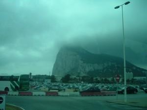 La Rocca di Gibilterra nelle nebbia del primo mattino