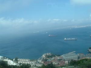 Dalla strada a tornanti vista sul porto (Gibilterra)