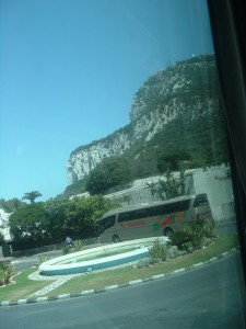 La vetta della rocca di Gibilterra sgombra da nubi