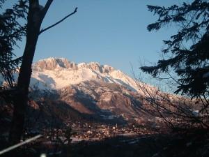 Il Massiccio della Presolana e il paese di Castione, Alta Valle Seriana, Bergamo