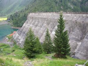 7 La parte interna della diga del Gleno 7