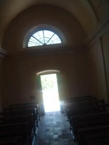 L'ingresso della chiesina di San Rocco, Aviatico, Bergamo