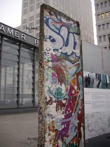 Un pezzo del Muro, Berlino, di Oscar Carrara