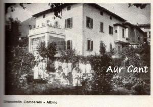 Metà del Novecento: l'Orfanotrofio annesso alla chiesa della Madonna di Guadalupe ad Albino