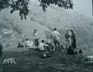 Foto 18 1970 da Predale la vista sul pendio di Amora