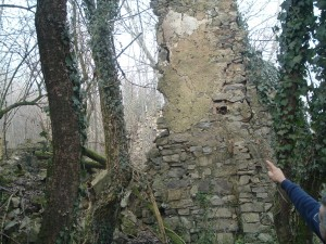 Foto 21 Oggi la parete dove c'era l'affresco sulla casa del Maele