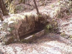 Foto 8 La fontana dell'abbeverata di acqua sorgiva, ancora intatta