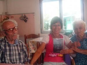 Francesco Morandi, Aurora Cantini e la signora Maria, agosto 2015, Barzesto