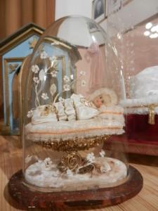 Foto 13 La teca per le spose con la piccola Madonna Neonata, Poscante