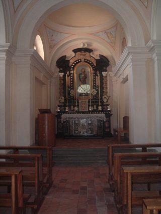FOTO 9 Interno chiesetta di San Rocco