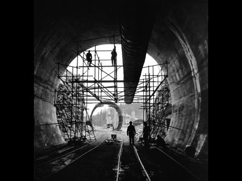 50 anni fa l'apertura del Tunnel del San Bernardino