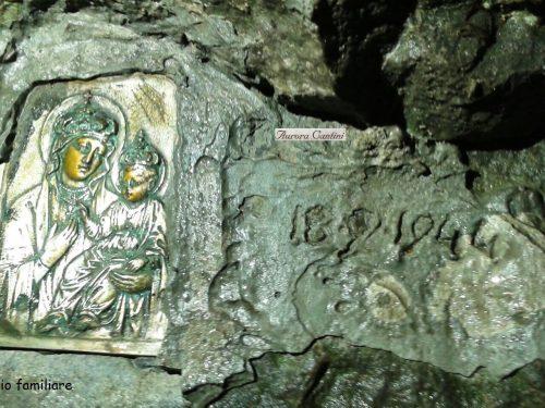 La Madonnina russa nella roccia della Cornagera