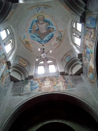 Interno Tempio dei Caduti San Pellegrino Terme