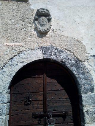 Lo stemma dell'allocco, casato della famiglia Locatelli