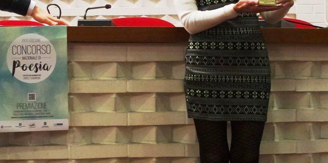 Aurora Cantini con il Premio Speciale Trofeo per la poesia sull'autismo a Seregno