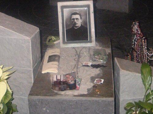 Nella cripta dove riposa il prete martire di Dachau